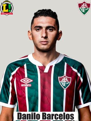 DANILO BARCELOS - 6,0 - Foi preciso ao cobrar escanteio para o gol marcado por Fred. Entretanto, deixou brechas perigosas pelo seu lado.