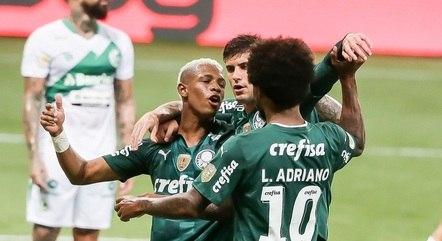 Danilo fez um belo gol para empatar o jogo