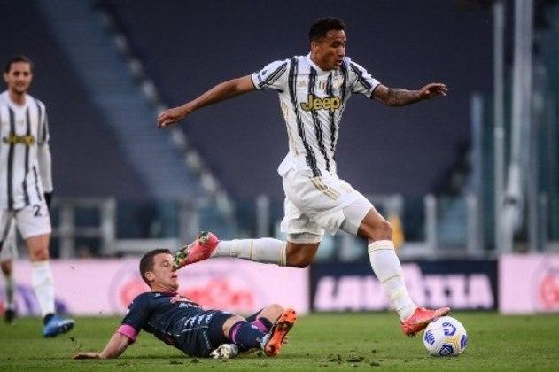 DANILO: O lateral-direito, revelado na base santista, hoje atua na Juventus e na Seleção Brasileira.