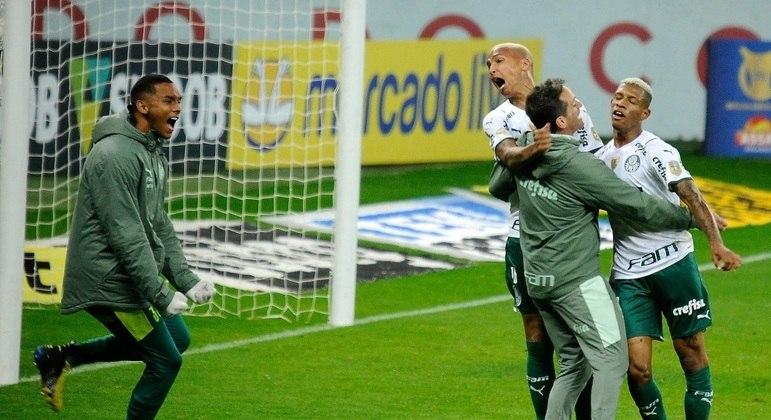 Danilo fez o gol da vitória do Palmeiras sobre o Inter já nos minutos finais
