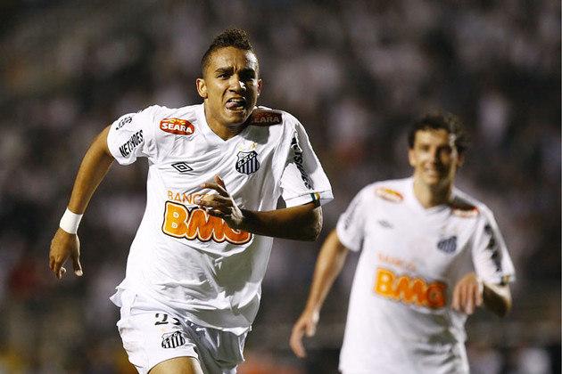 Danilo (Santos) - Peça importante da conquista da Libertadores de 2011, Danilo deixou o Santos e foi para o Real Madrid e depois Manchester City. Hoje, é titular da Juventus e figura na Seleção Brasileira.