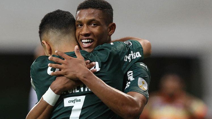 Danilo - Volante - Palmeiras - 19 anos - Juventus, Milan e Roma acompanham a situação do volante palmeirense, que ganhou espaço em 2020