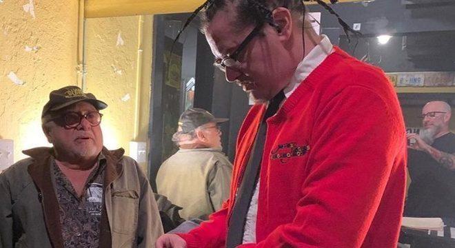 Danny DeVito e Mike Patton