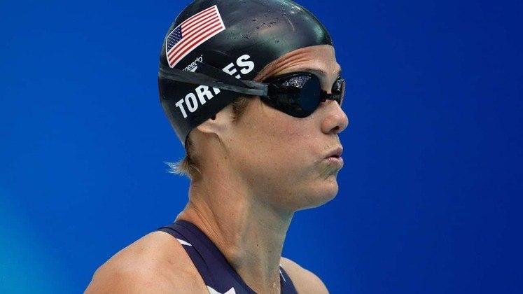 Dara Torres, também dos Estados Unidos, foi outra nadadora a acumular 12 medalhas olímpicas em sua carreira. Entre os Jogos de Los Angeles, em 1984, e a edição de Sydney, na Austrália, em 2000, ela colecionou quatro ouros, quatro pratas e quatro bronzes. As provas de 50 e 100 metros foram a sua especialidade