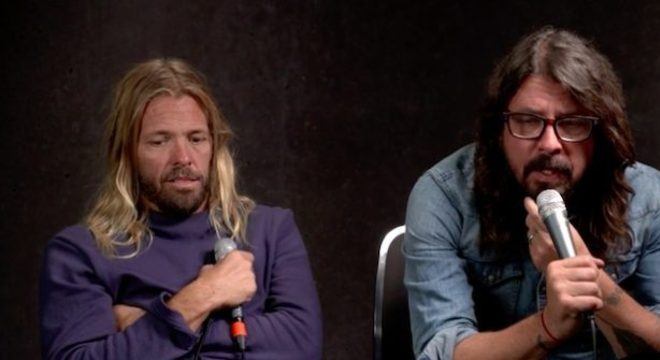 Dave Grohl e Taylor Hawkins, do Foo Fighters