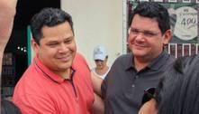 Davi Alcolumbre usou aviões da FAB para apoiar irmão em Macapá