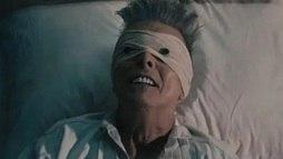 Muito aguardado, musical _Lazarus_ é o testamento do cantor David Bowie (Reprodução/YouTube)