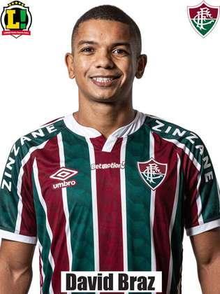 David Braz - 5,5 - Em sua primeira participação como titular pelo clube, foi bem em algumas interceptações e não comprometeu.