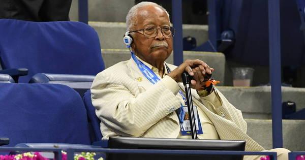 Primeiro prefeito negro de Nova York morre aos 93 anos