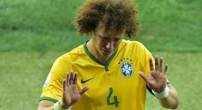 David Luiz pedindo desculpas  depois do 7 a 1. Não foram aceitas