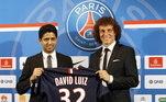 Pouco antes da Copa 2014, David Luiz deixou o Chelsea e foi jogar no Paris Saint-Germain. O brasileiro assinou por 50 milhões de euros, tendo se tornado o zagueiro mais caro da história do clube na época