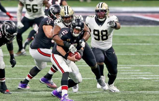 David Onyemata (Nigéria): Talvez o melhor estrangeiro da NFL. Onyemata é titular do New Orleans Saints e peça vital da defesa.