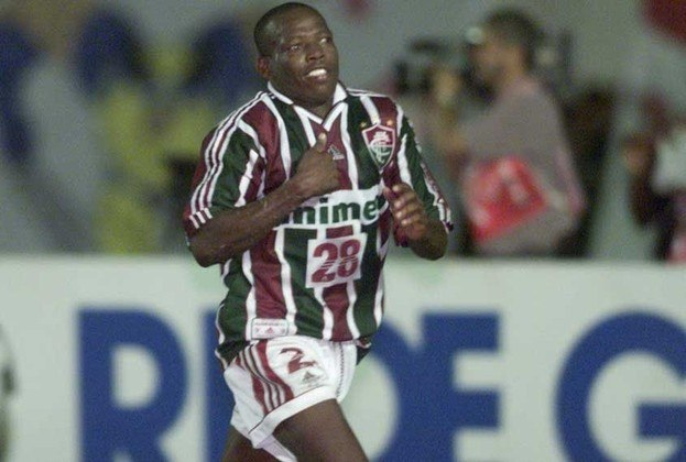 De 1999 até 2014, o Fluminense consolidou uma parceria com a Unimed. A empresa chegou ao clube em um momento difícil, pós rebaixamento para a Série C do Brasileiro. Com anos de investimento, a parceria gerou muitos frutos ao Tricolor.