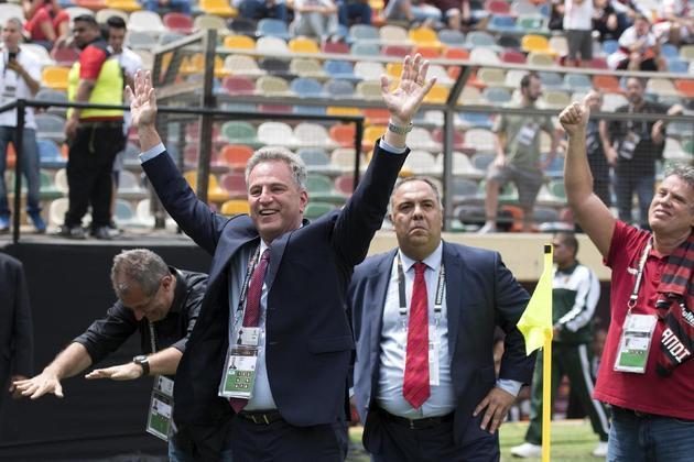 De acordo com a Pluri, quanto a 2018, o último da gestão Eduardo Bandeira, a que antecedeu a de Rodolfo Landim, o estudo mostra que, na comparação, o Fla elevou a sua arrecadação em três setores principalmente: negociação de atletas,