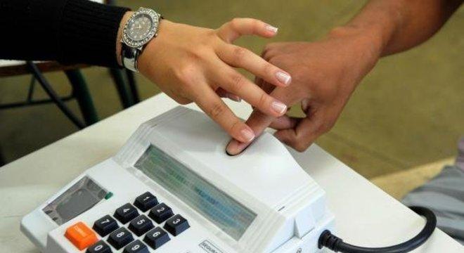 De acordo com presidente do TRE-SP, a biometria também traz mais segurança nas eleições Crédito: Wilson Dias / Arquivo Agência Brasil / CP
