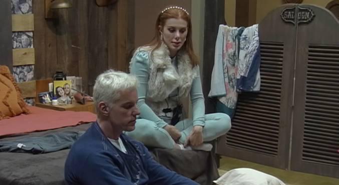 Deborah critica Márcia e Medrado no quarto Faroeste