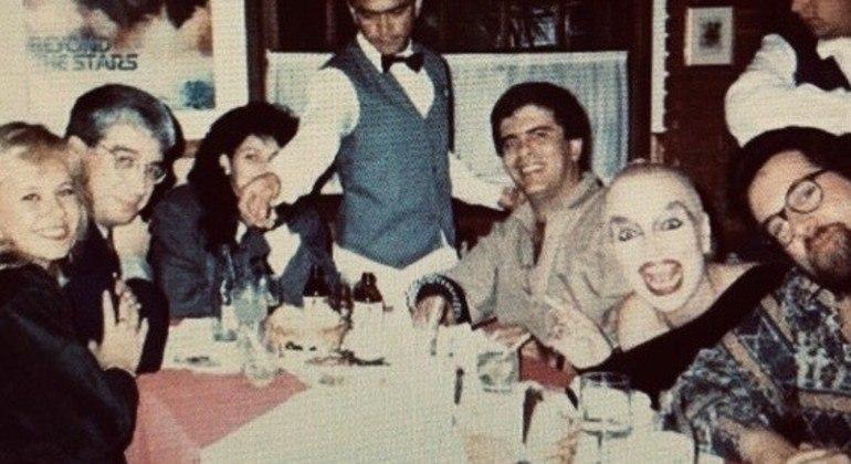 Décio com os amigos Flôr, Sônia Lima, Wagner Montes, Elke Maravilha e Leão Lobo