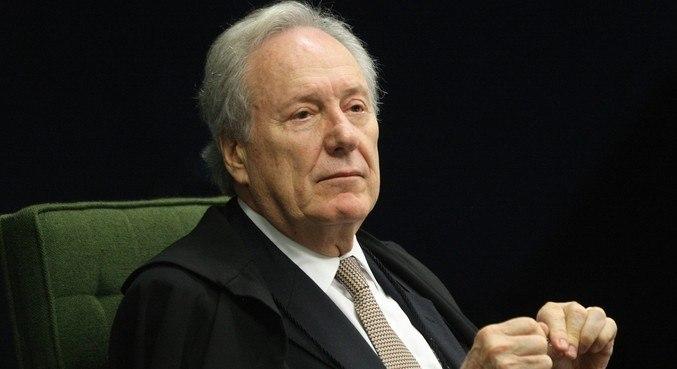 Lewandowski encaminhou despacho após pedido da defesa do ex-presidente Lula