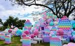 O tema da festa foi 'fidget toys', que são brinquedos anti-stress que viraram febre entre crianças e adolescentes