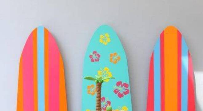 decoracao de festa infantil com pranchas de surf