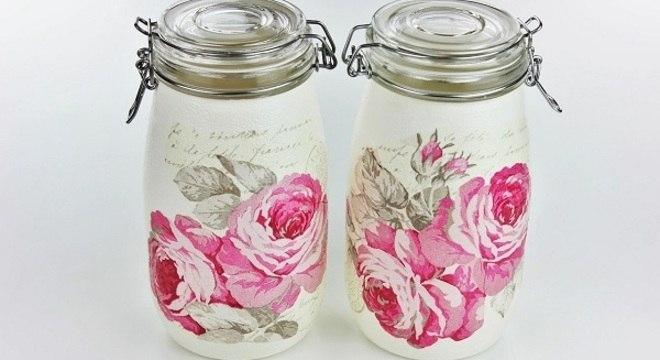 Decoupage em potes de vidro