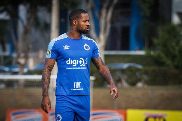 Dedé (33 anos) - Zagueiro - Sem time desde julho de 2021 - Último clube: Cruzeiro - Valor de mercado: 2 milhões de euros (R$ 12,4 milhões)