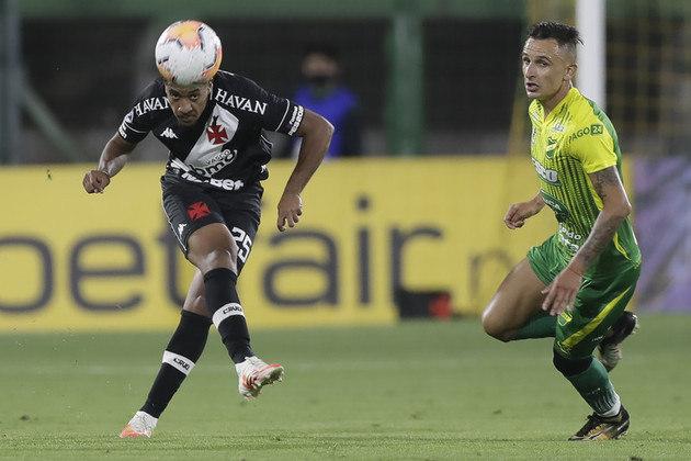 Defensa y Justicia: Sobe: Romero foi o jogador mais perigoso do Defensa no jogo e marcou o gol de empate no segundo tempo. Desce: A defesa da equipe argentina bateu cabeça e errou muito no segundo tempo ,sobretudo o camisa 2: Frías.