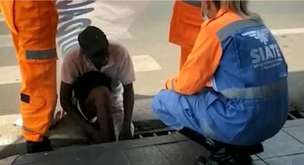 Vítima foi resgatada pelos Bombeiros