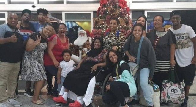 Deise passou o Natal e Réveillon em casa, entre familiares e amigos