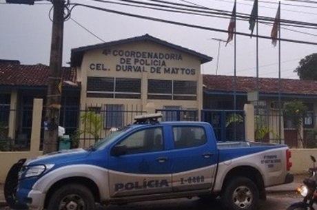 A suspeita está detida na delegacia de Amargosa e irá responder por exercício ilegal da profissão