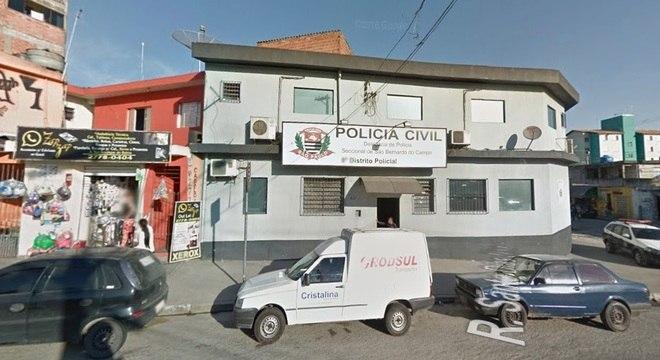 O 8º DP de São Bernardo do Campo fica fechada em domingos e feriados