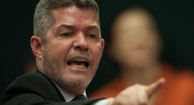 O líder do PSL, Delegado Waldir (GO), chamou o The Intercept de 'The IntercePSOL'