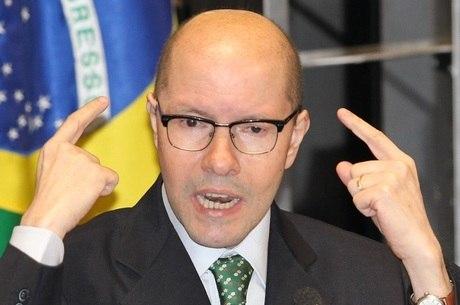 Ex-senador foi cassado em outubro de 2012
