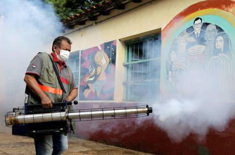Dengue e coronavírus atingem América Latina
