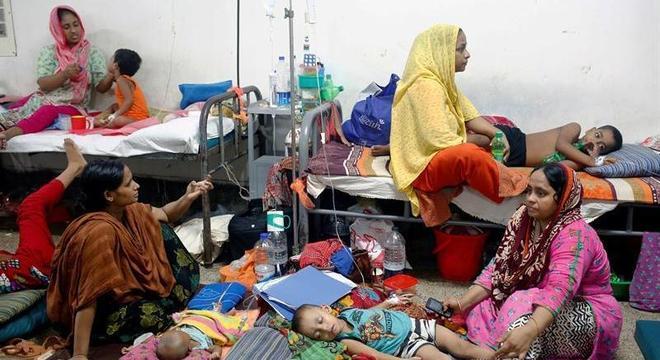 Mais de 4 mil pessoas estão internadas recebendo atendimento médico no país