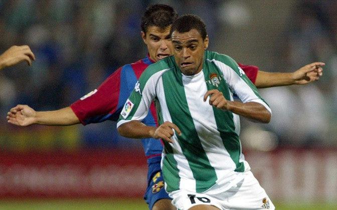 DENÍLSON - Talento inquestionável com a bola nos pés, Denílson ganhou a Europa através do Bétis. O São Paulo o negociou com o clube espanhol por 31,5 milhões de euros, mas lá por 1998. Atualmente estaria em torno de R$ 188 milhões