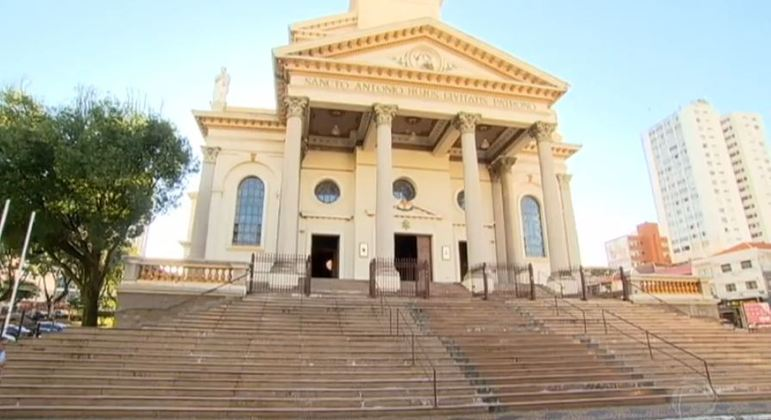 O padre acusado de pedofilia atuava em uma igreja no centro de Americana, em SP