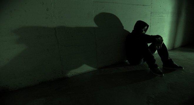Suicídio é uma causa importante de mortes de jovens ao redor do mundo