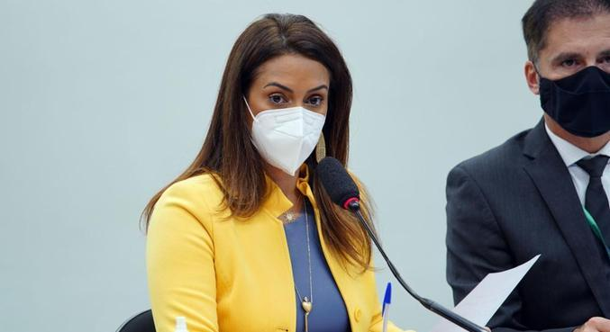 A nova ministra da Secretaria de Governo da Presidência, Flávia Arruda