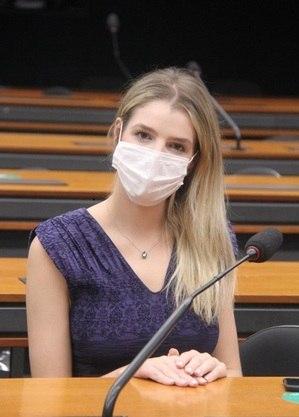 Relatora deputada Luisa Canziani (PTB-PR)