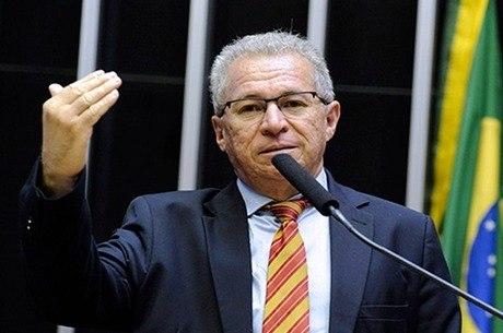 Deputado Assis Carvalho, que morreu neste domingo no Piauí