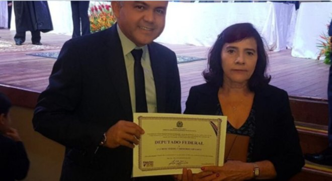 O deputado federal Cléber Verde (Republicanos), com a mãe, Maria da Graça