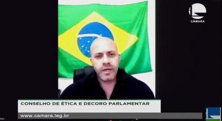 Silveira participou virtualmente da sessão: 'Eu tenho todo o tempo do mundo. Estou preso'