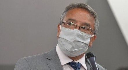 Deputado nega irregularidades na vacinação