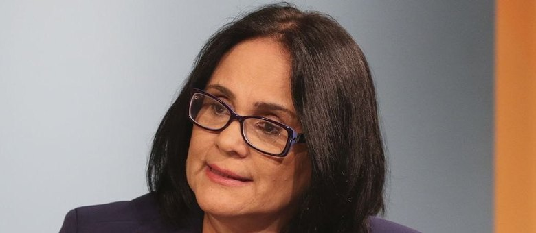 Entre os ministros, Damares só perde em popularidade para Sérgio Moro