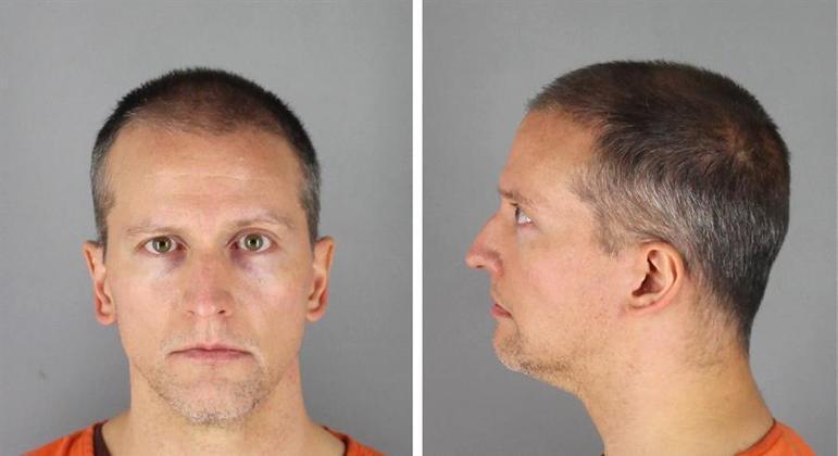 Derek Chauvin foi considerado culpado pela morte de George Floyd e a aguarda sentença