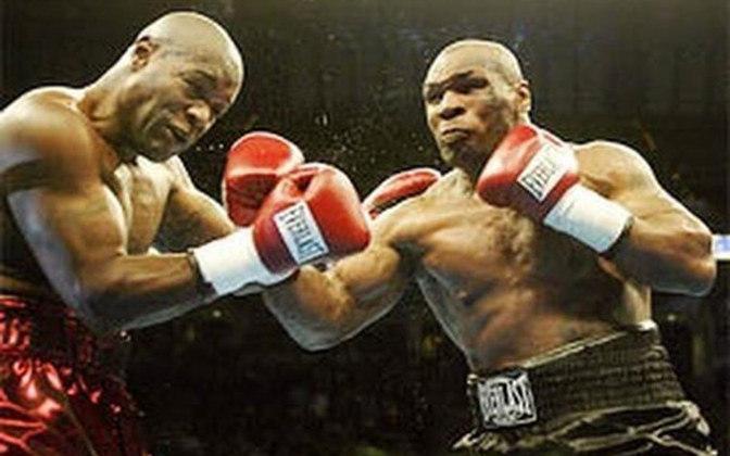 Derrotado por Lennox Lewis meses antes, Tyson conseguiu uma vitória avassaladora sobre Clifford Etienne por nocaute, em apenas 49 segundos, no dia 22 de fevereiro de 2003, em Memphis
