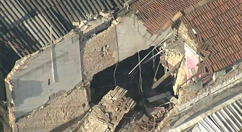 Casa desabou na rua Bresser, local movimentado do Brás em São Paulo