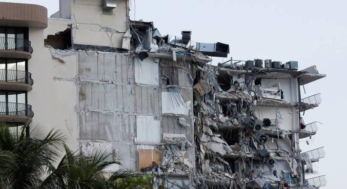 Desabamento de prédio na Flórida mata ao menos 1 pessoa