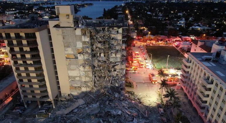 Teorias afirmam que mudanças climáticas podem ter derrubado prédio